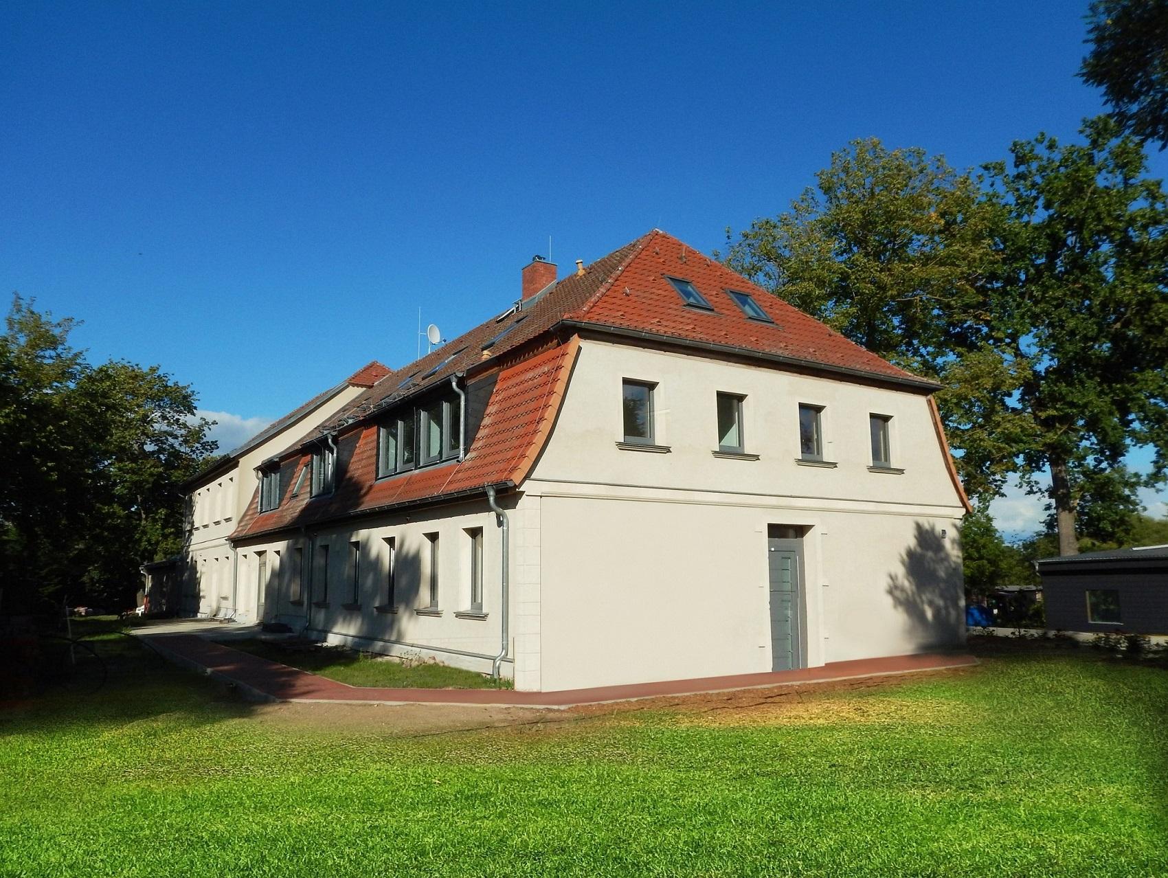 Barrierefreies und betreutes Wohnen in kernsaniertem Gutshaus